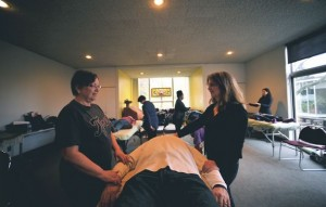 Lisa Guyman Teaching a Reiki Workshop
